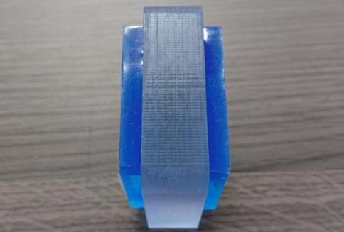 アジャストフット差込型耐震金具 使用例